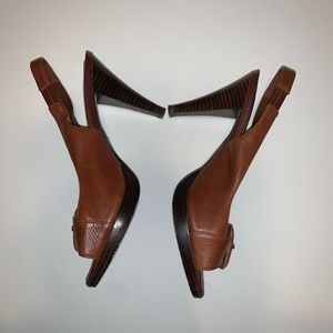 Banana Republic brown leather shoes size 8